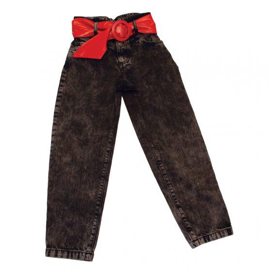Jeans vita alta con cintura rossa